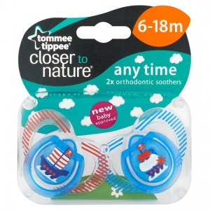 Tommee Tippee 6 - 18 Months Closer to Nature Soothers 2 Pack - Boy